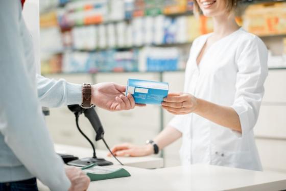Médecine naturelle, médicaments